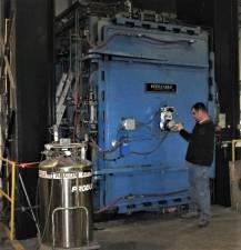 250 Ton Hot Press